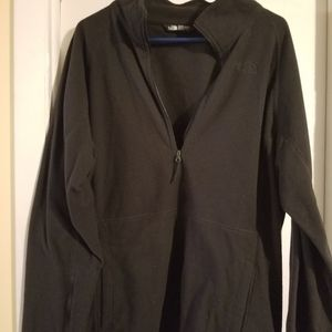 Black north face 1/4 zip fleece